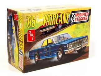 AMT 1965 Ford Fairlane Modified Stocker 1/25